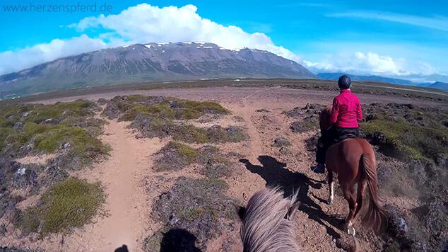 Reiturlaub Island Berge